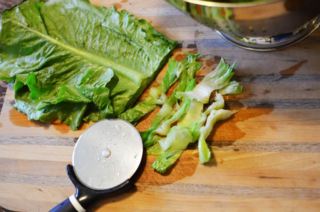 kitchen hack cutting lettuce