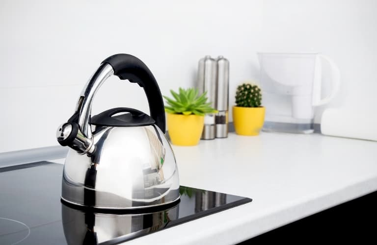 clean your electric stove after using a cast iron skillet