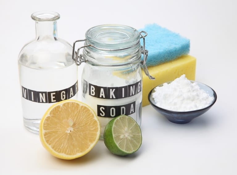 vinegar and baking soda to remove stains from quartz countertops